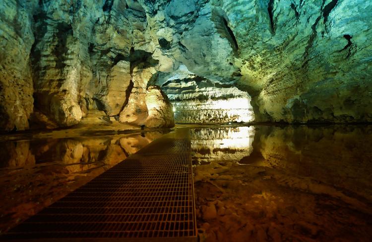 Пещера Су Мармури