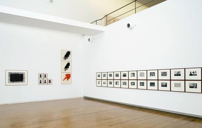 Внутри центра современного искусства Галисии