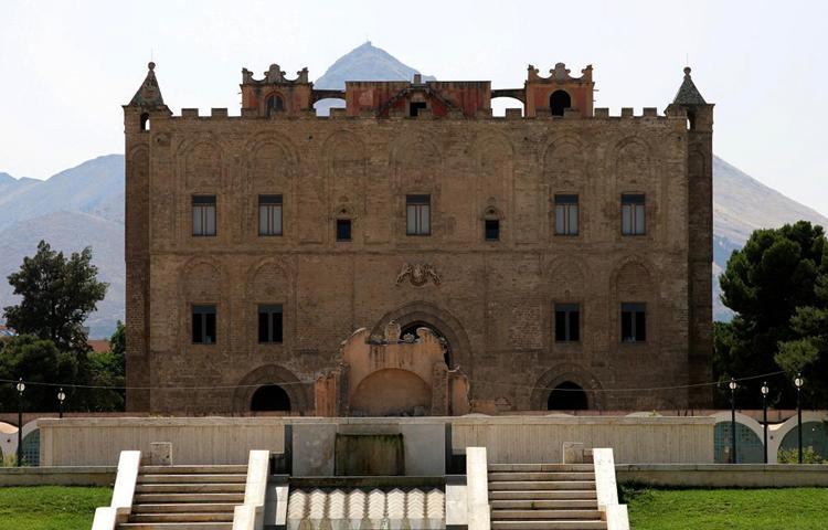Замок Дзиза