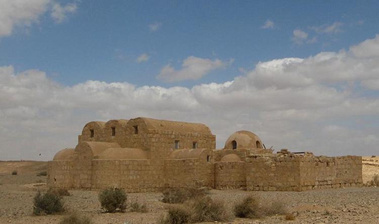 Дворцы пустыни