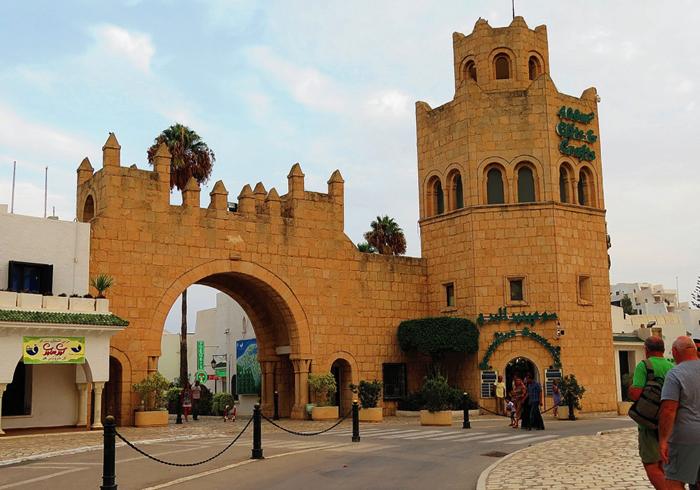 Крепостные ворота Порт Эль Кантауи