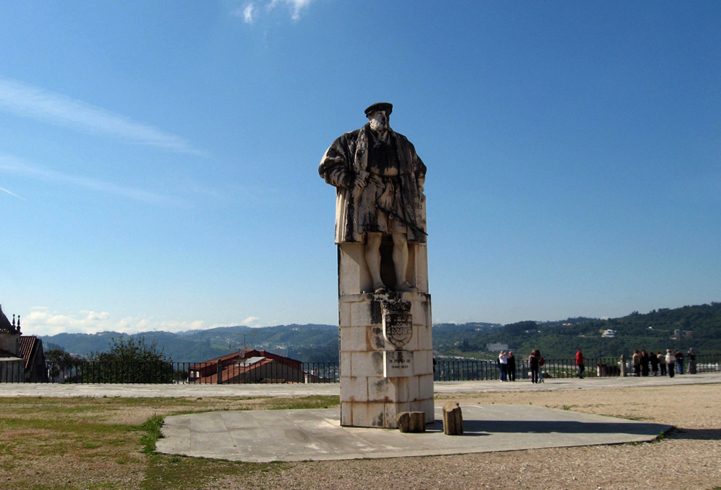 Памятник королю Жуану ІІІ