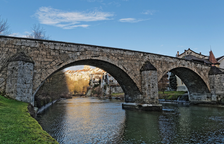 Средний мост