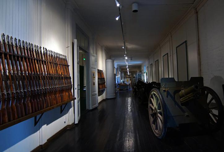 Внутри музея пехоты