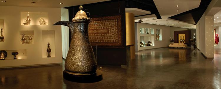 Внутри музея «Мираж»