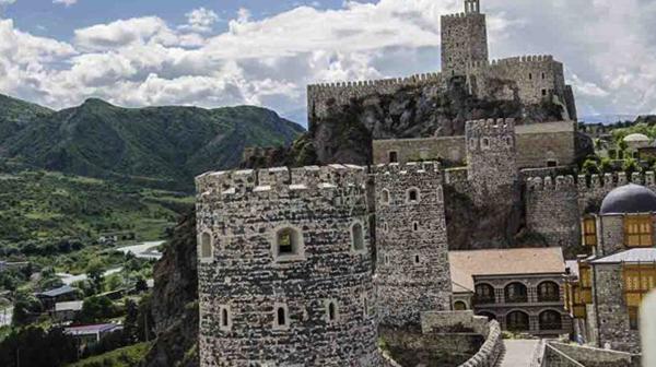 Замок Джакели