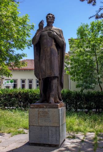 Памятник Вано Сараджишвили