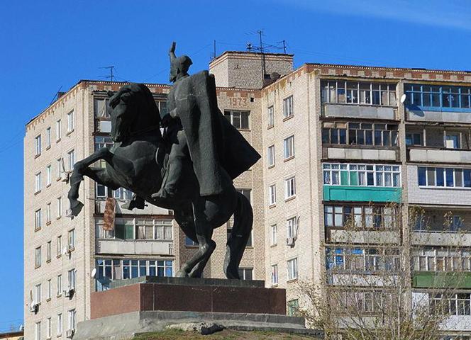 Памятник Оке Городовикову