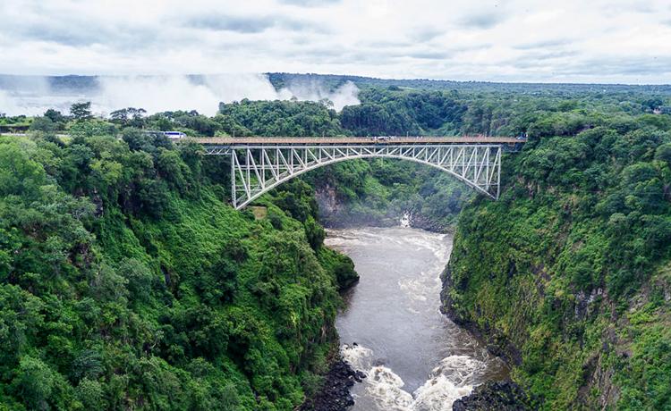 Мост водопада Виктория