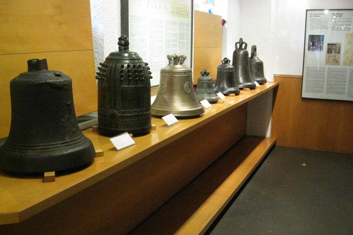Внутри музея колоколов Грассмайе