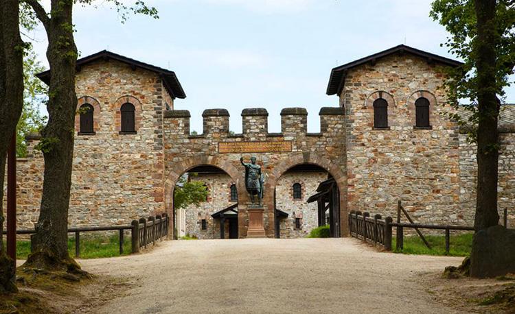 Крепость Заальбург