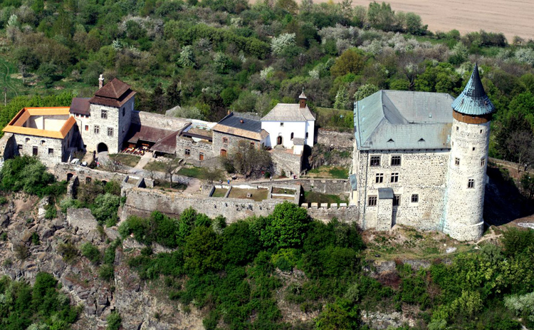 Замок Кунетицка-Гора