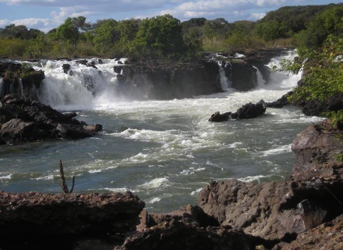 Водопады Нгонье