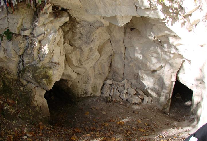 Пещера монаха у Хвалынских гор