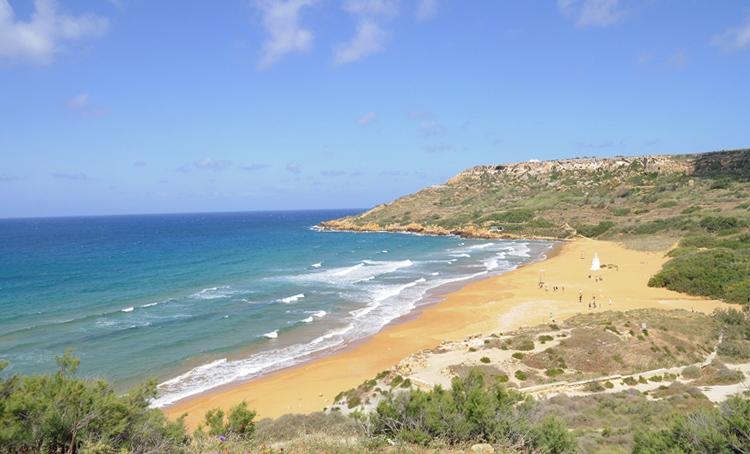 Золотой пляж Рамла-л-Хамра