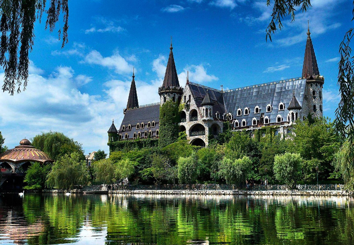 Замок в Равадиново