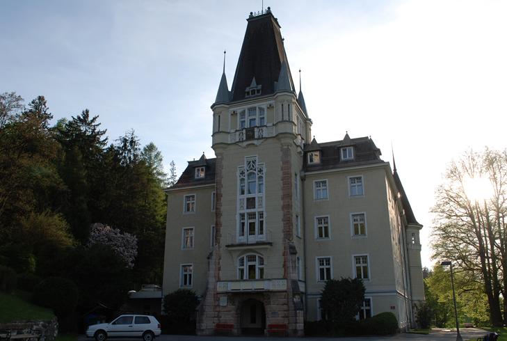 Замок Ментлберг