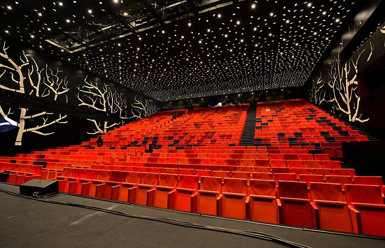 Внутри театра Льотжа де Лерида