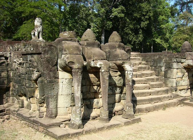 Терраса слонов
