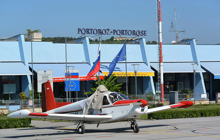 Аэропорт Порторожа