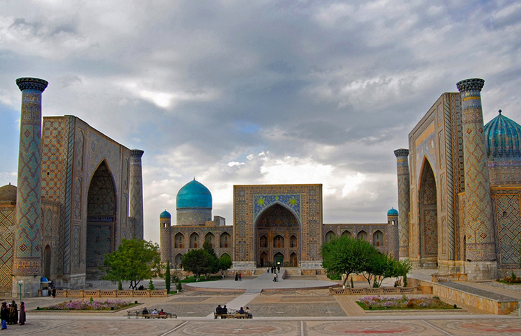 Регистан – жемчужина города