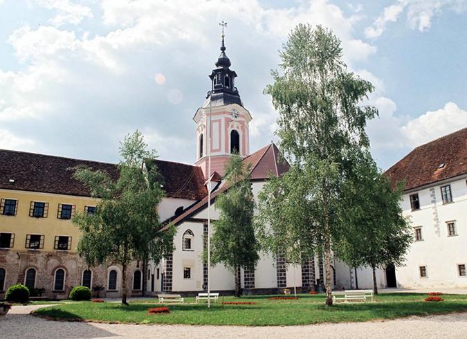 Монастырь Стична