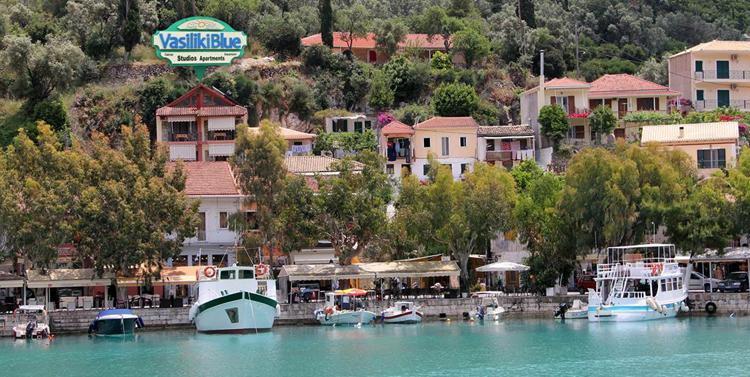 Деревня Василики