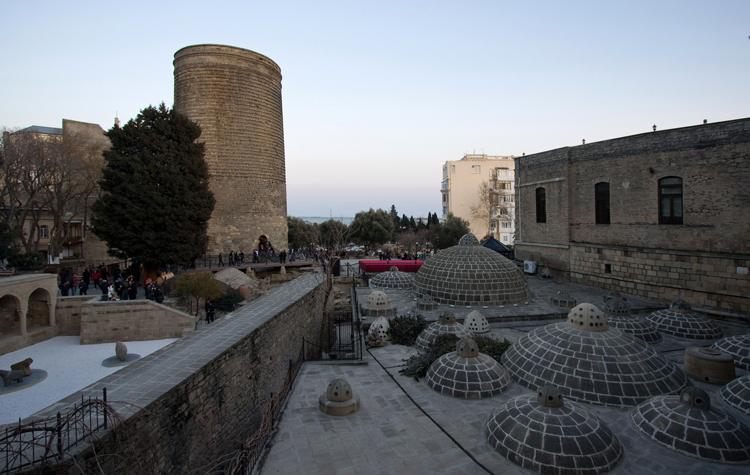 Бани Баку