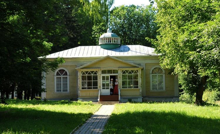 Музей-усадьба Ботик