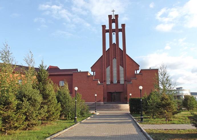 Кафедральный католический собор «Матери Божией Неустанной Помощи»