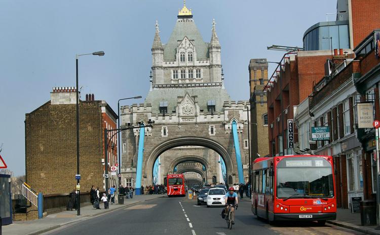 Проезд по мосту