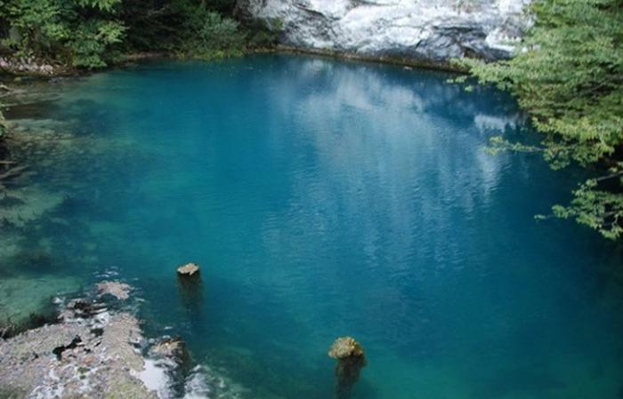 Необыкновенные Голубые озера