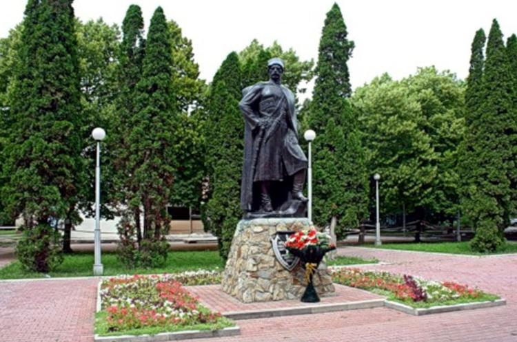 Памятник казакам