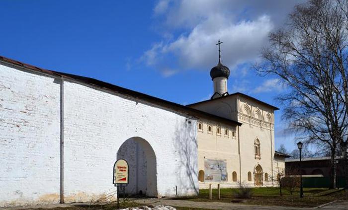 Никольская больничная церковь