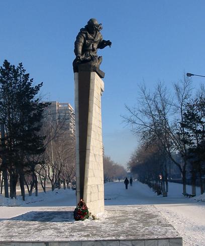 Памятник Нуркену Абдирову