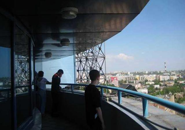 Обзорная площадка на железнодорожном вокзале
