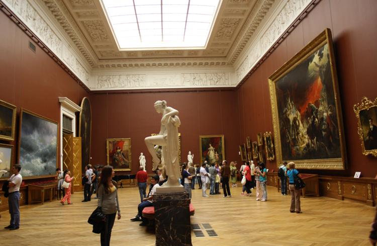Внутри русского музея