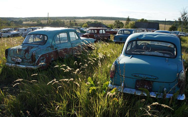 Автомобильный музей под открытым небом