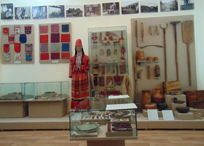Внутри этнографического музея