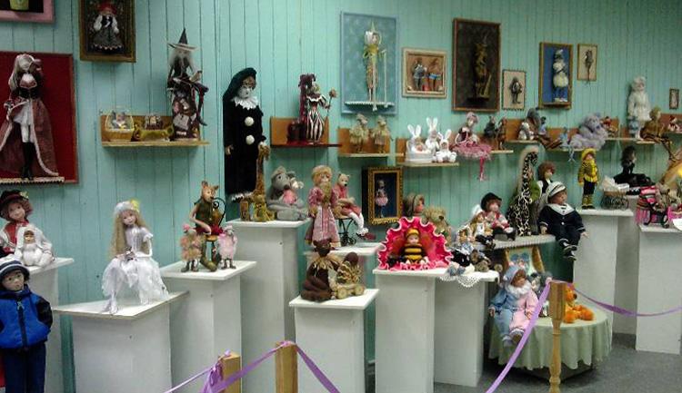 Галерея кукол и кукольной миниатюры