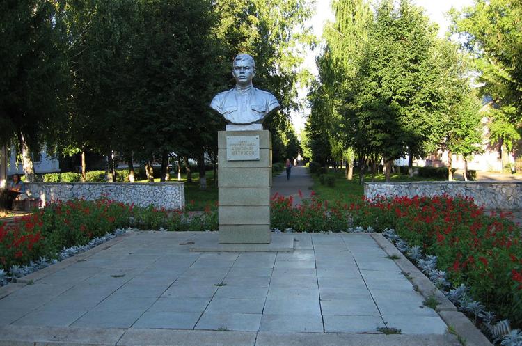 Бюст Матросова