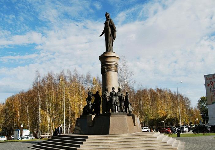 МонументБронзовый символ Югры
