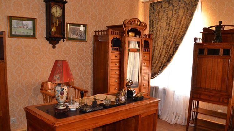 Внутри музея купцов братьев Урловых