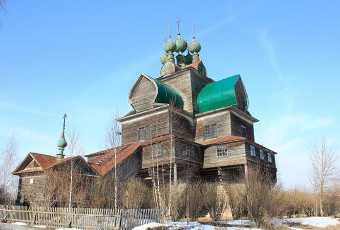 Церковь Успения Пресвятой Богородицы в Нелазском