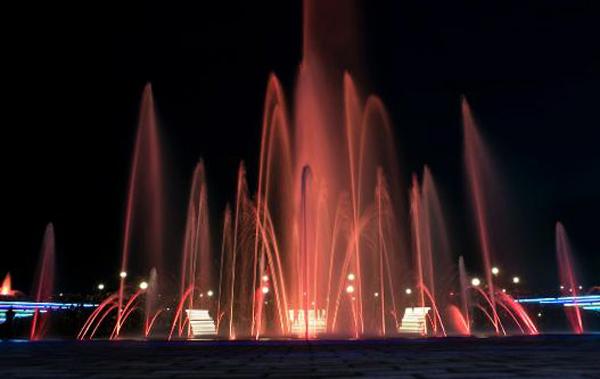 Светомузыкальный фонтан «Спутник»