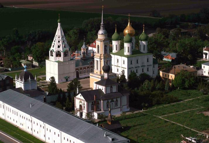 Свято - Троицкий Ново - Голутвин монастырь