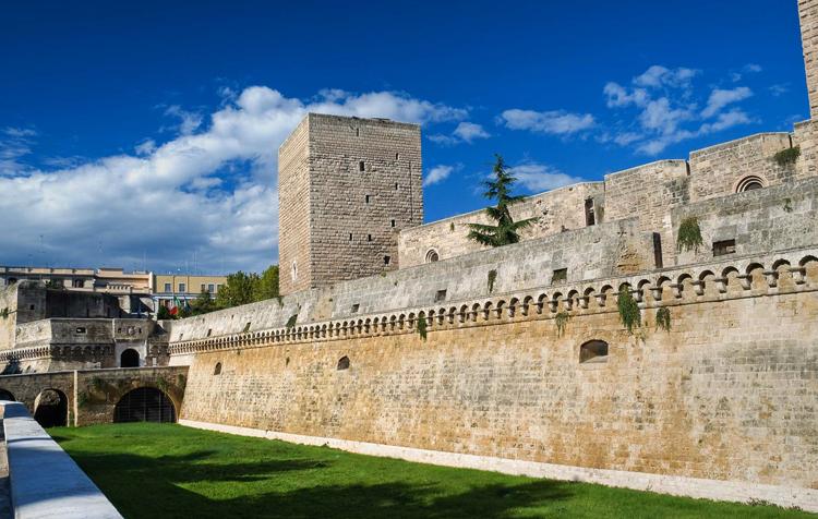 Замок Норманно Свево