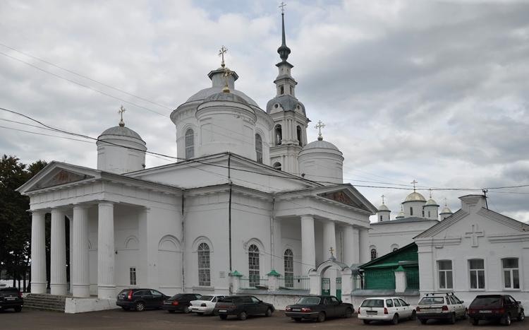Ансамбль Успенского и Троицкого соборов