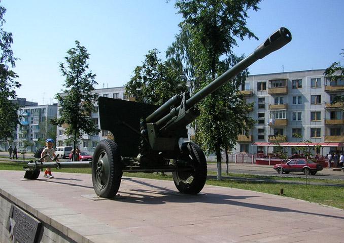 Памятник воинам – артиллеристам