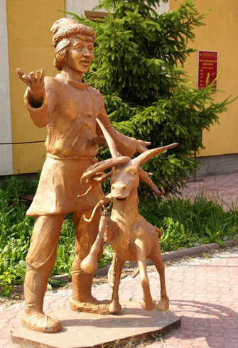 Памятник Коньку-Горбунку